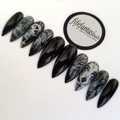 black Gothic false nails