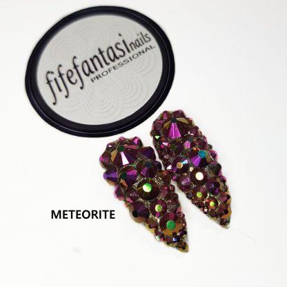 meteorite press on nails