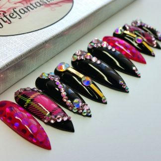 Tartan-Queen- press-on-nails